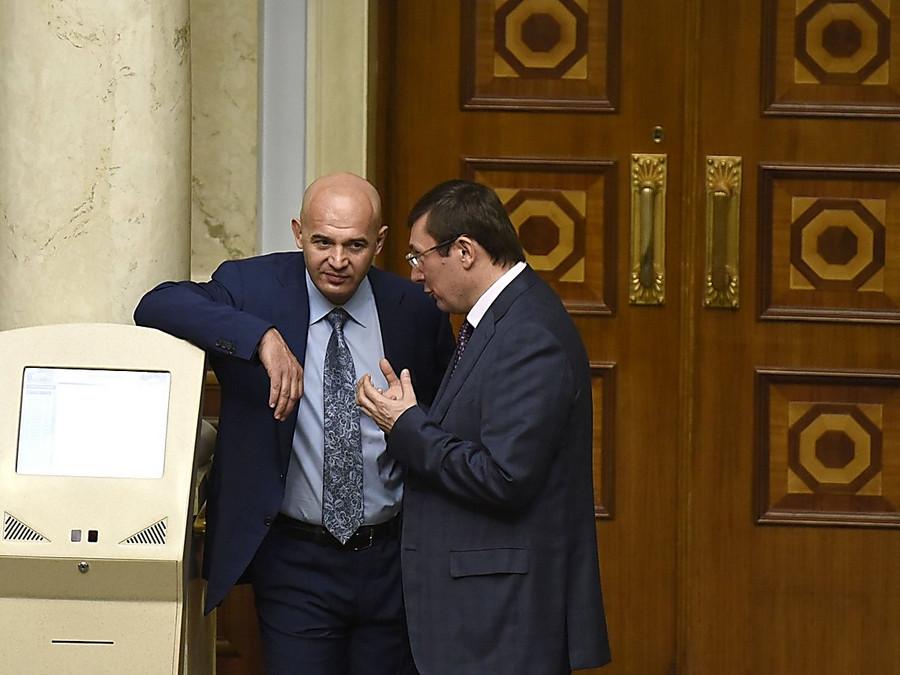 Кононенко снова стал первым замлидера фракции БПП
