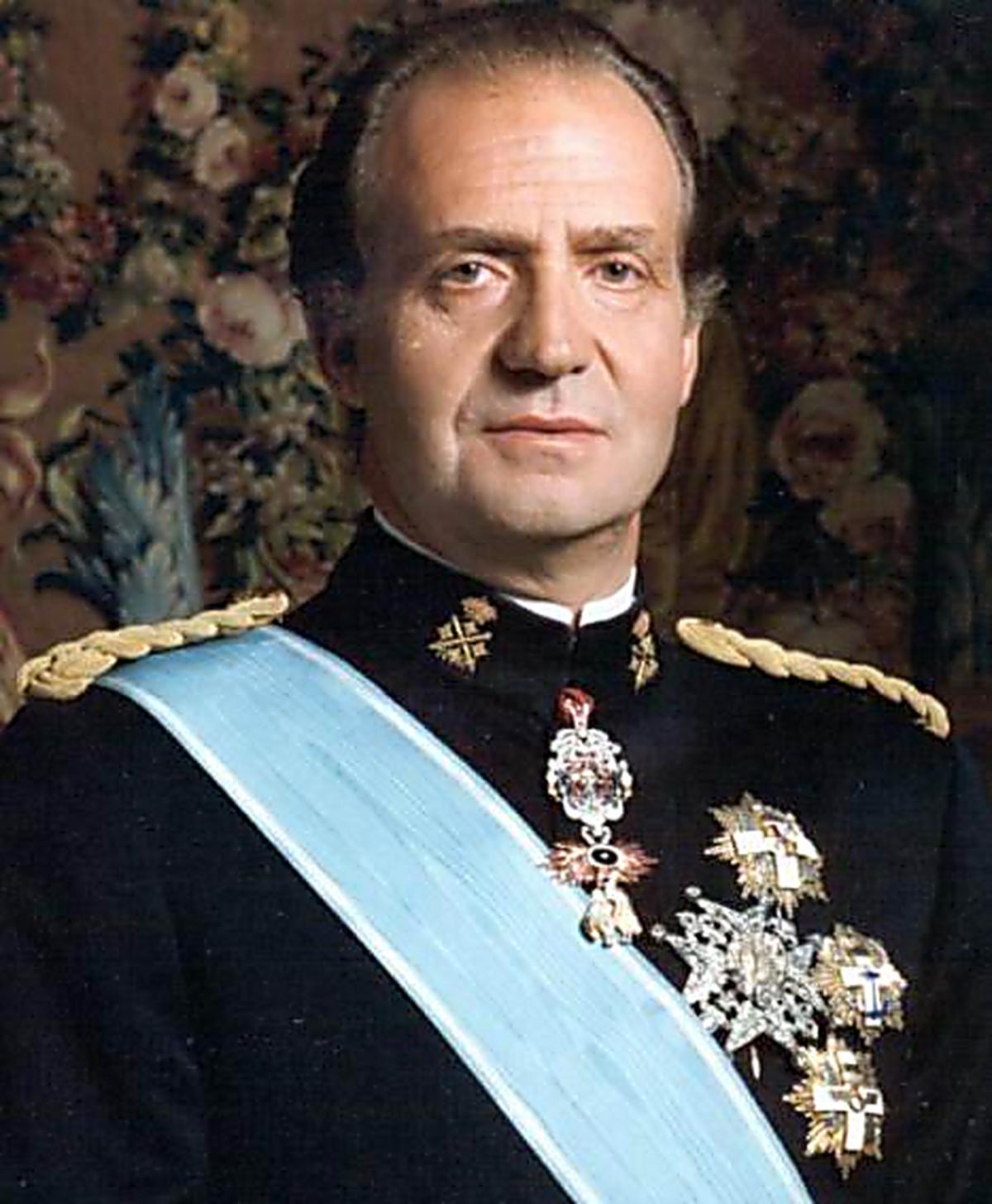 a biography of juan carlos de borbon y borbon the king of spain from 1975 to 2014 King juan carlos aka juan carlos de borbon y borbon born: king of spain, 1975-2014 father: juan de borbon felipe vi (king of spain, b 30-jan-1968).