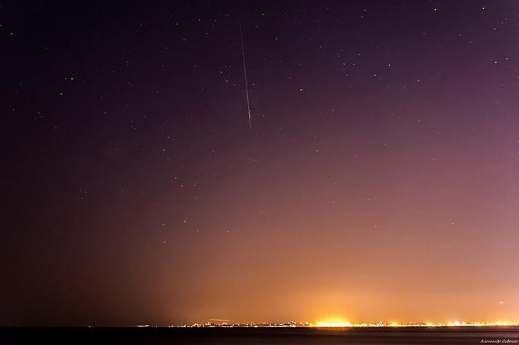 Поток Персеиды попал вобъектив фотоаппарата сотрудника обсерватории НГУ