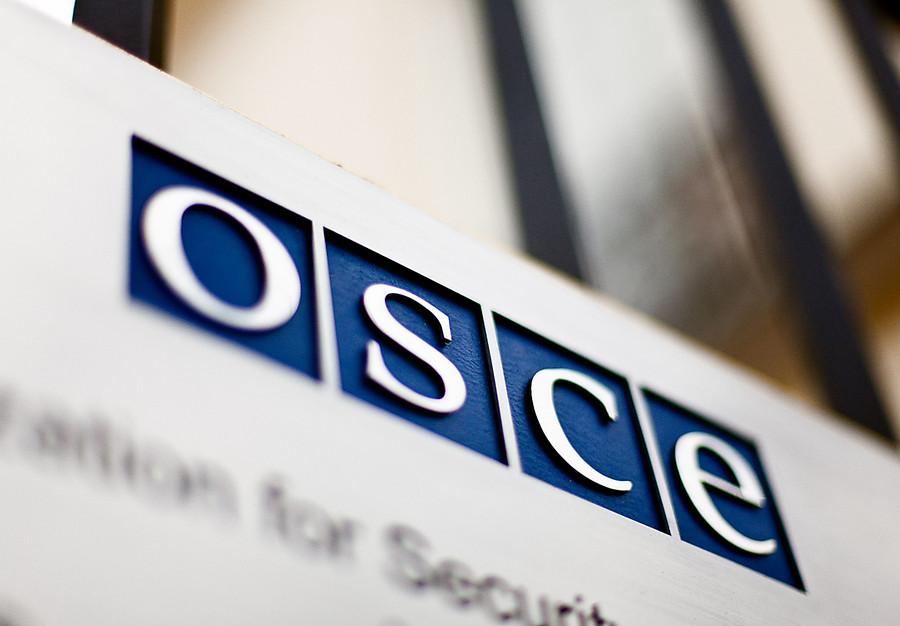 Засутки ОБСЕ зафиксировала неменее 2 тыс. нарушений режима тишины наДонбассе