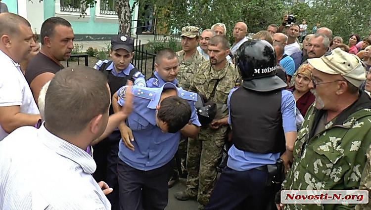Деканоидзе побывала на месте трагической гибели тернопольских полицейских и посетила семьи погибших - Цензор.НЕТ 5487