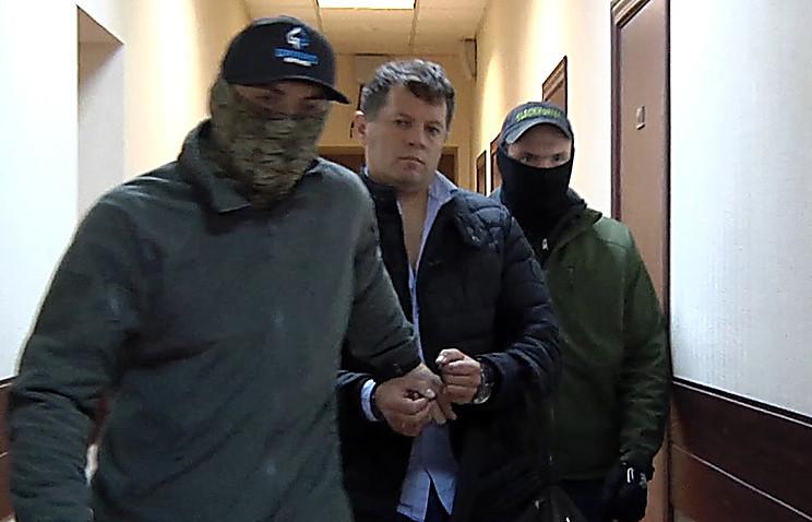 Русский консул неявился вМИД Украины повопросу корреспондента Сущенко