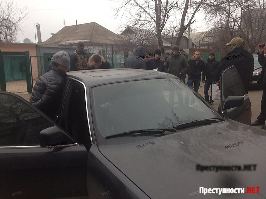 ВНиколаеве двое патрульных полицейских «погорели» навзятке