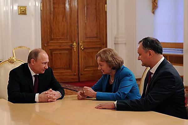 Выборы вМолдове принесли счастливый для Кремля и невеселый для государства Украины результат