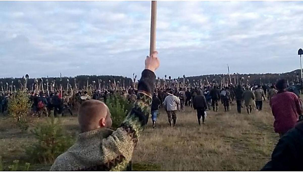 На ровенщине незаконные копатели янтаря избили полицейских -.