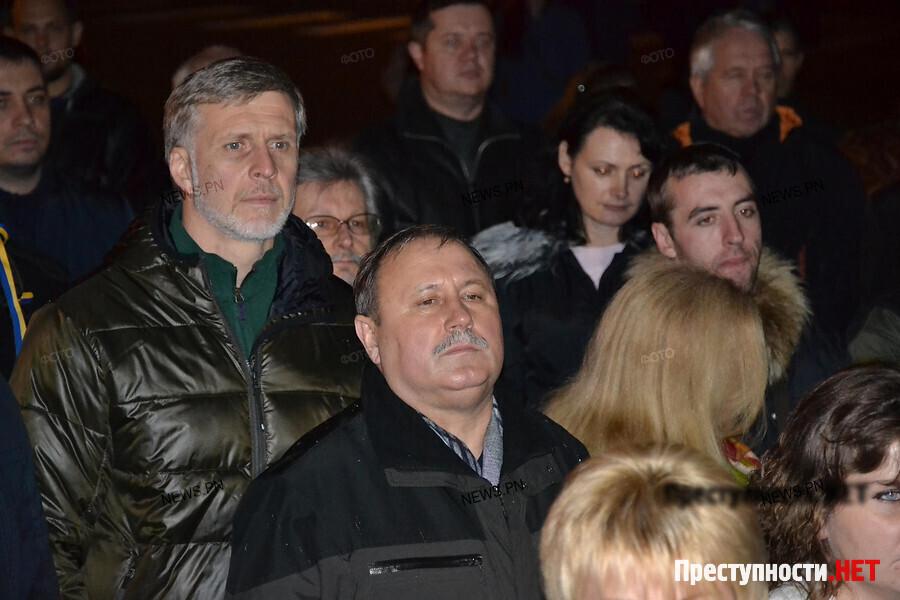 Под домом Героя Украины отыскали тоннель ссейфами