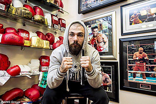 Британский боксер Майк Тоуэлл скончался после нокаута