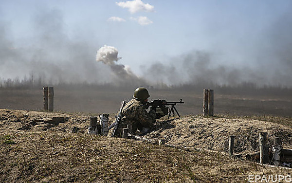 При обстрелеКП «Станица Луганская» ранен пограничник