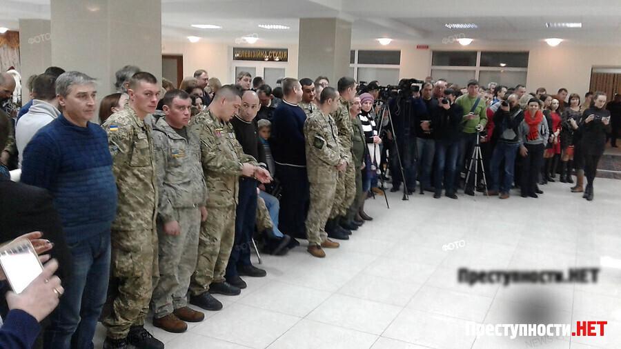 """""""Это обязанность государства и моя, как Президента, заботиться о своих воинах"""", - Порошенко в Николаеве вручил ордера на квартиры для семей 15 участников АТО - Цензор.НЕТ 5939"""