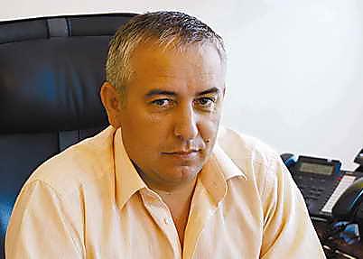 Украинские таможенники «незаметили» USD 400 тыс. вбагажнике Мазерати