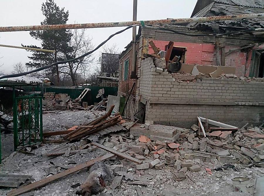 Штаб АТО: Террористы стреляли из«Градов» поНовозвановке