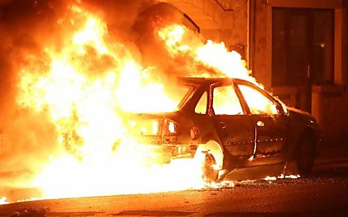ВоФранции вновогоднюю ночь сожгли 650 авто