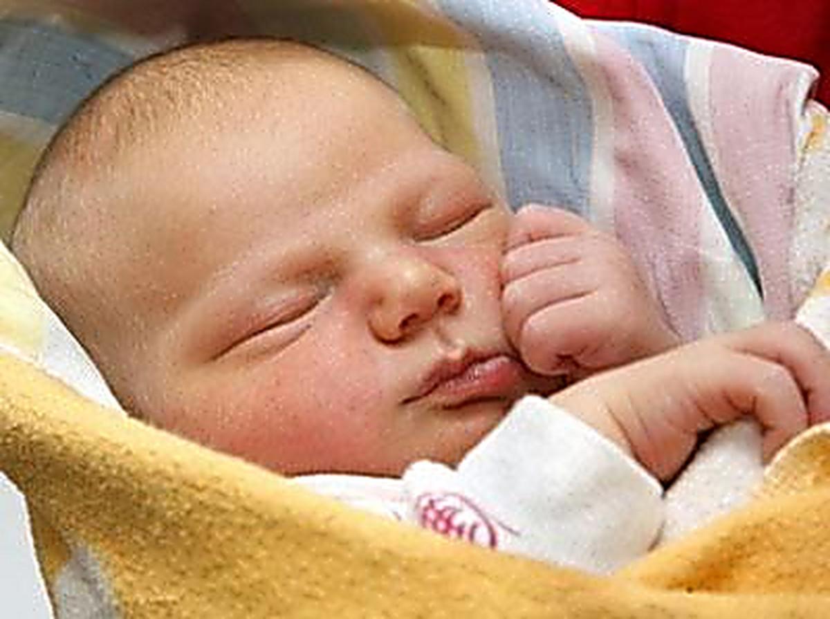 Фото новорожденных девочек в домашних условиях