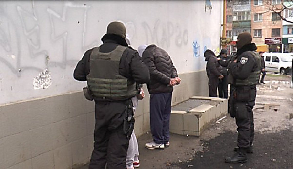 Задержали банду профессиональных квартирных похитителей