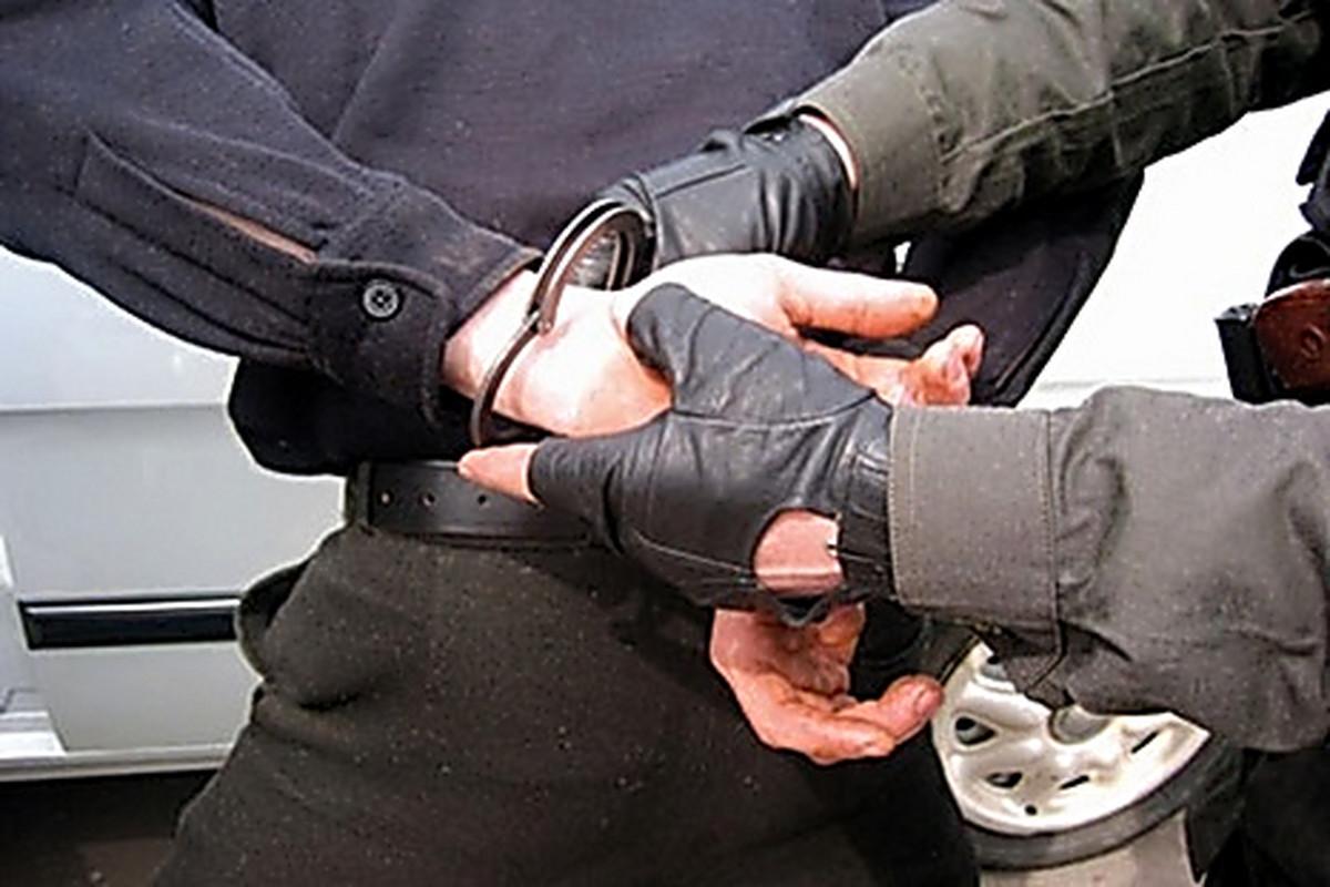 Разбойное на задержан нападение за знакомого своего