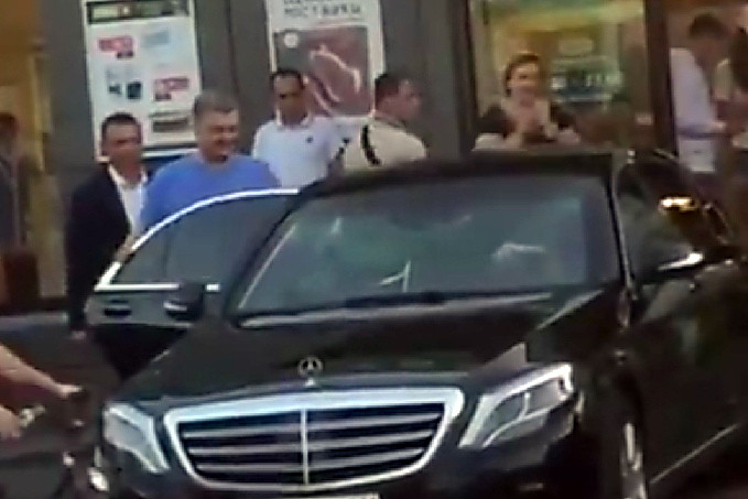 Картинки по запросу порошенко супермаркет