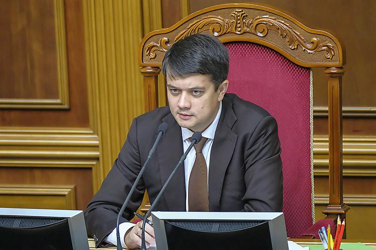 Рада продлила нагод закон об особенном  статусе ОРДЛО