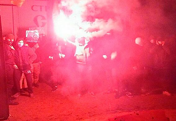 ВХмельницком сдракой сорвали концерт Потапа иНасти Каменских