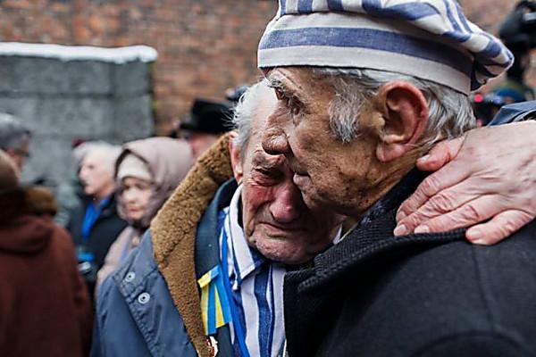 Зеленський взяв участь у заходах на честь річниці визволення Освенцима - Цензор.НЕТ 4946