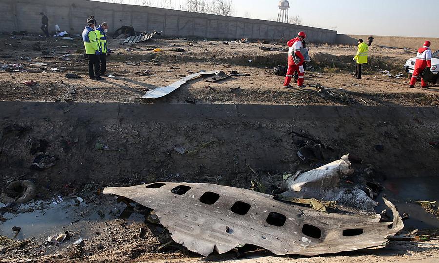 Иран желает , чтобы засбитый самолет оплатили  европейцы