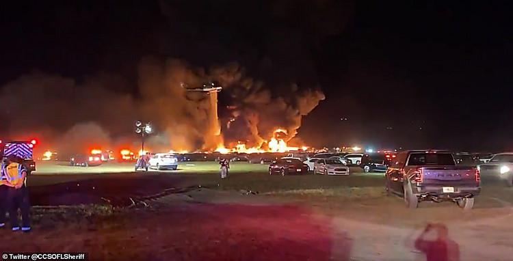 Пожар ваэропорту Флориды уничтожил тысячи авто каршеринга (АвиаПорт)