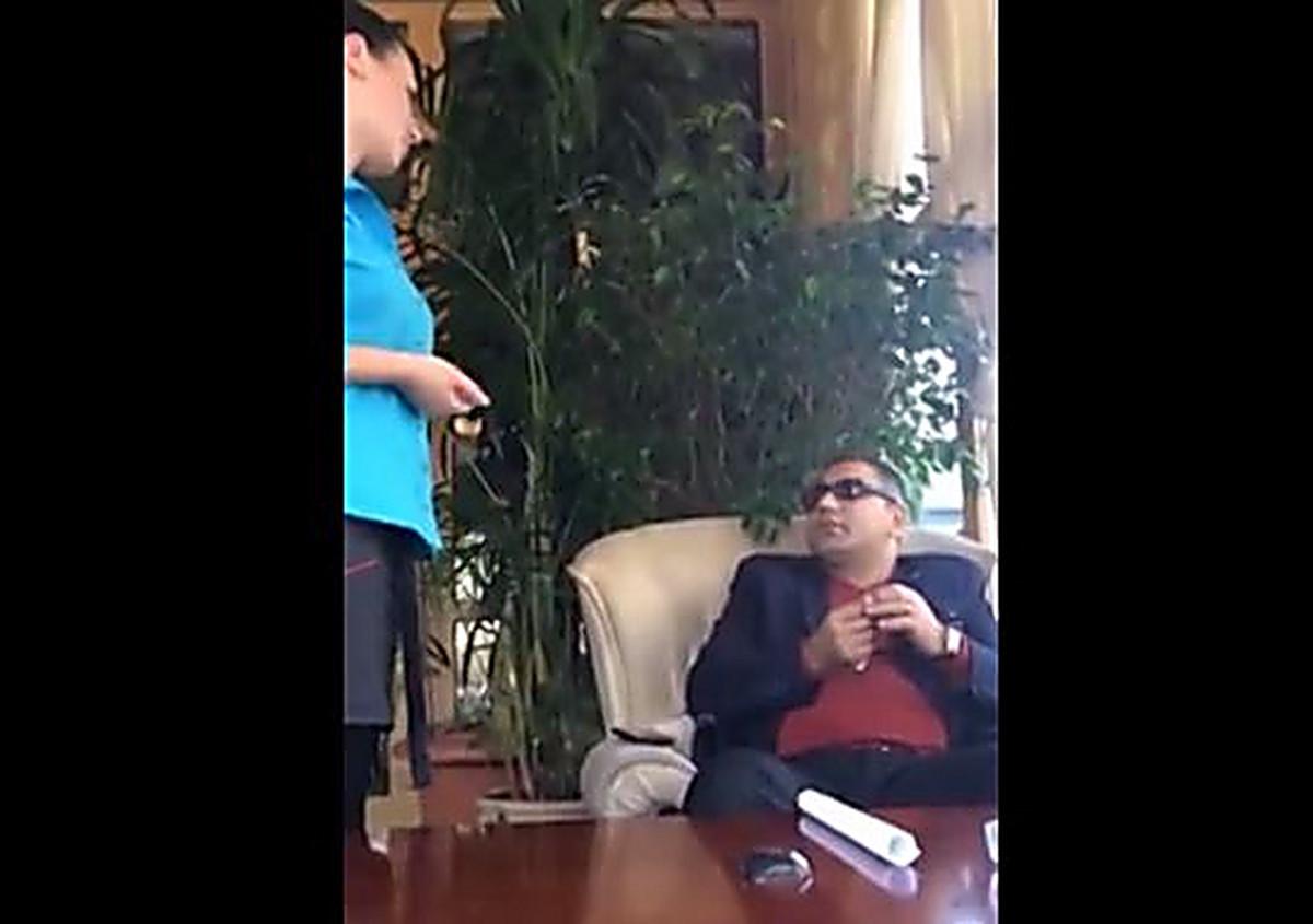 С женой и тещей - видео @ OOO-Sex TV