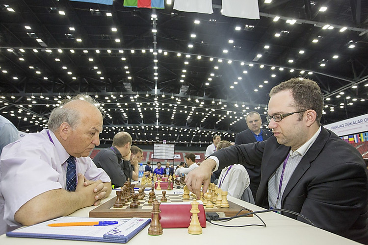 Украина завоевала «серебро» нашахматной олимпиаде