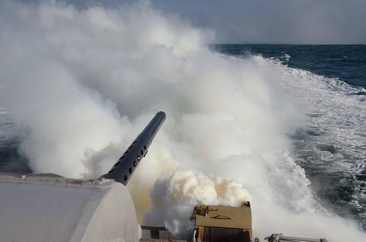 Украинским ВМС вОдессе передали новые бронированные баркаса