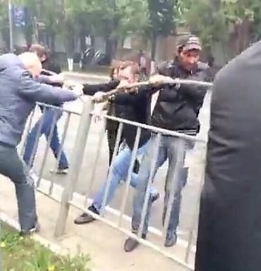 Противостояние в Мариуполе: 2 убитых, 8 раненых (ФОТО, 18+), фото-5