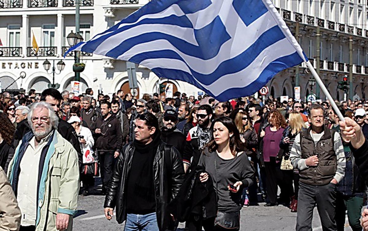 Греция прошла