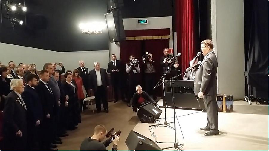 Кобзон в столице поднял зал впамять отеррористе— Убийство Моторолы