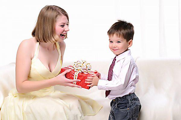 Подарки для мамы от сына
