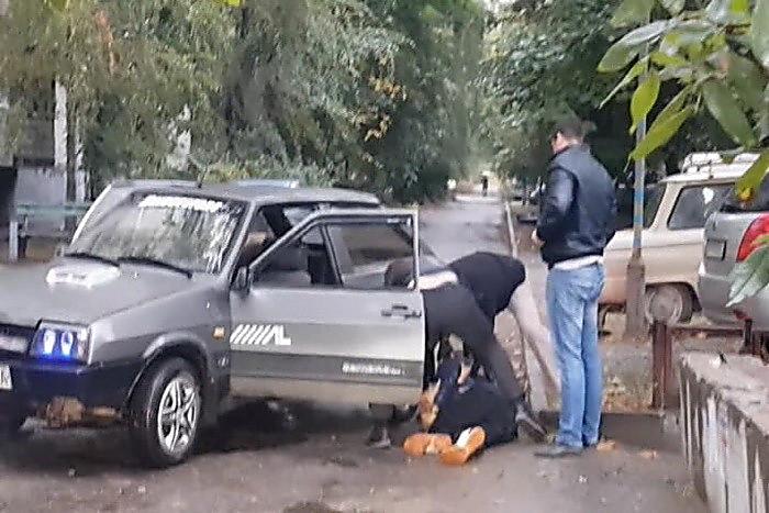 СБУ вЗапорожье разоблачила полицейских-угонщиков авто
