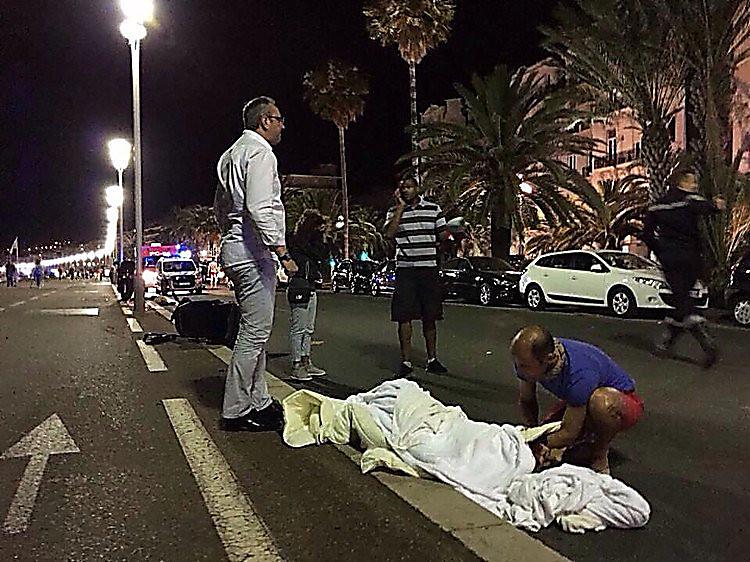 Шофёр грузового автомобиля имел франко-тунисское гражданство— Теракт вНицце