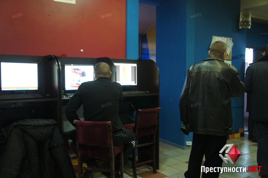 Видео игровые автоматы милиция донецк скачать игровые автоматы для 5800