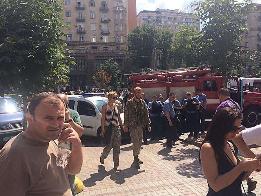 Суд вКиеве арестовал экс-командира «Айдара», начались столкновения