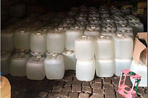 Задержаны подозреваемые в создании алкоголя, вызвавшего массовое смертельное отравление— ГФС Украины