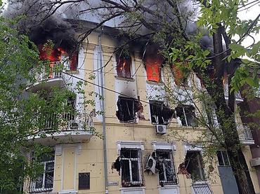 Противостояние в Мариуполе: 2 убитых, 8 раненых (ФОТО, 18+), фото-2