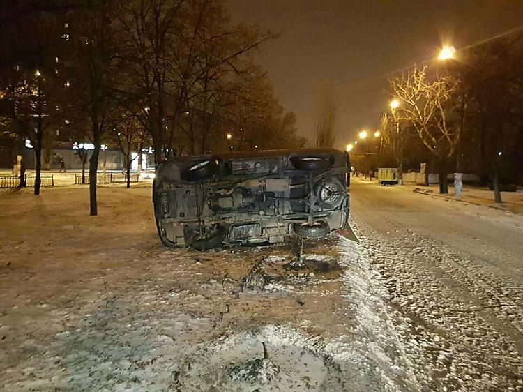ВНиколаеве из-за нетрезвого пешехода перевернулась машина скорой помощи