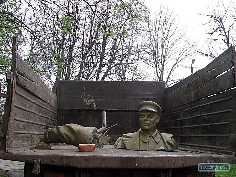 Суд ограничил проведение массовых мероприятий на Думской площади в Одессе 2 мая - Цензор.НЕТ 6500