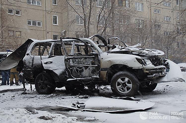 В итоге подрыва автомобиля вЛуганске умер только полковник Анащенко