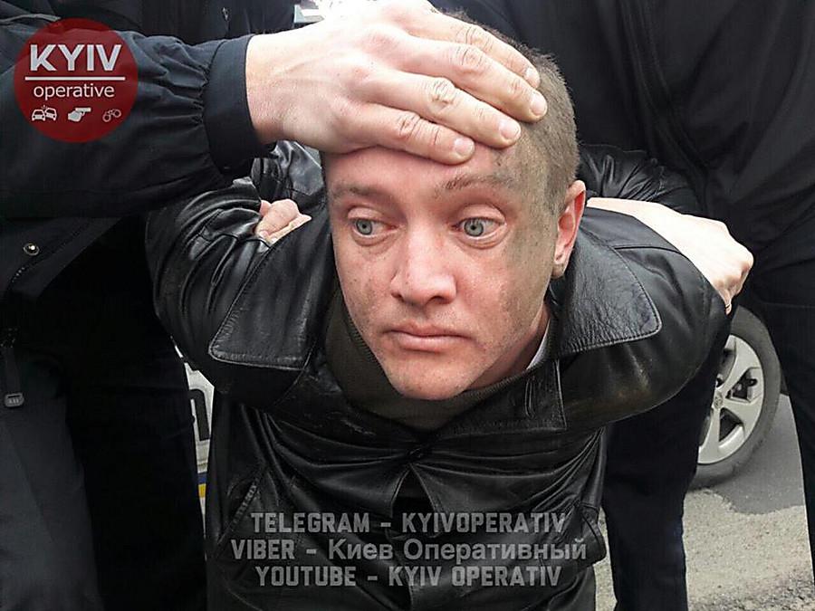 Рабочий Укрсервиса выдал себя засоветника Омеляна— Пьяное ДТП