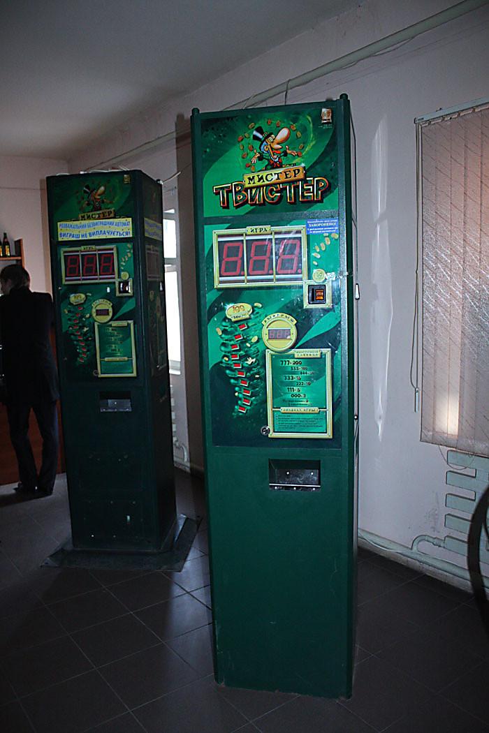 igrovoy-zal-gde-mozhno-v-igrovie-avtomati