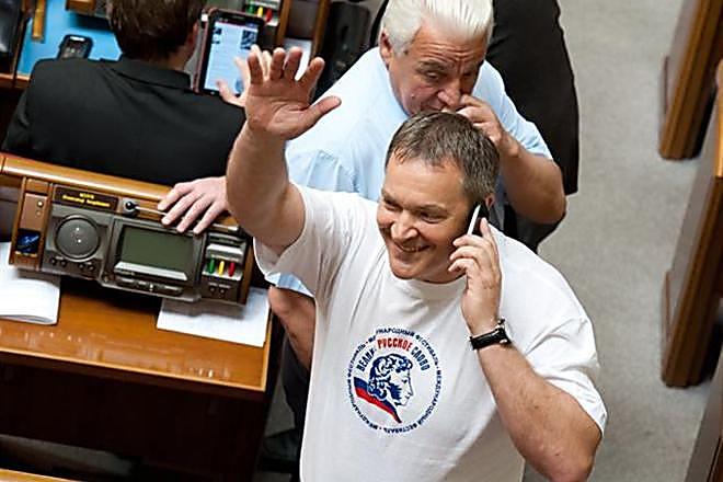 Прежнего народного депутата Колесниченко объявили врозыск