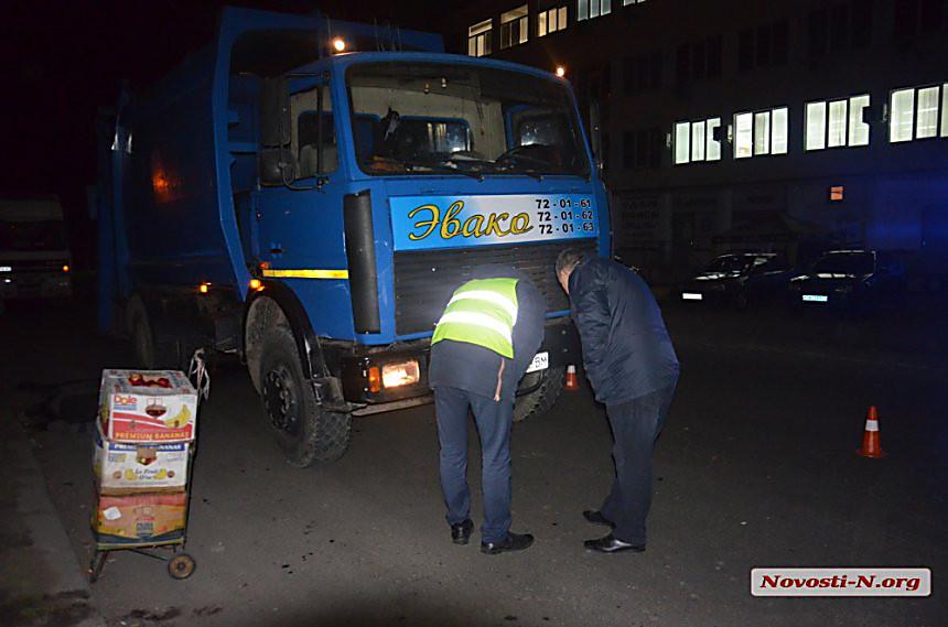 На «Пасічній», 88-річна пенсіонерка, переходячи дорогу у невстановленому місці, опинилася під колесами вантажівки «МАЗ»