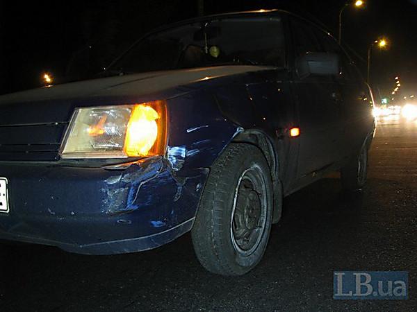 Смертельное ДТП: вКиеве пешеход бросился впоток авто