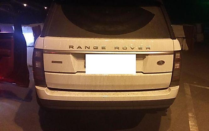 Награнице сРоссией задержали украинку напохищенном Range Rover