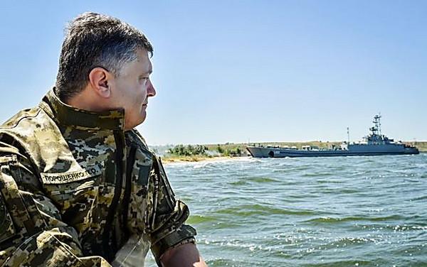 Мобилизация вгосударстве Украина навсе 100% остановлена— Порошенко