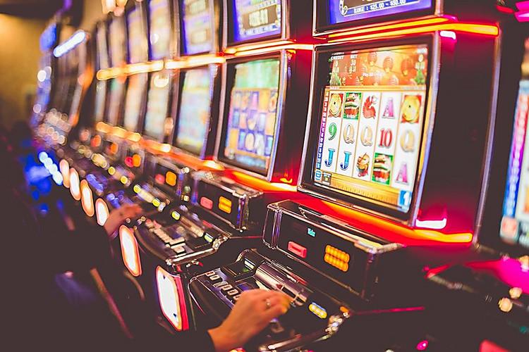 В минске залы игровых автоматов игровые автоматы играть бесплатно обезьяны онлайн