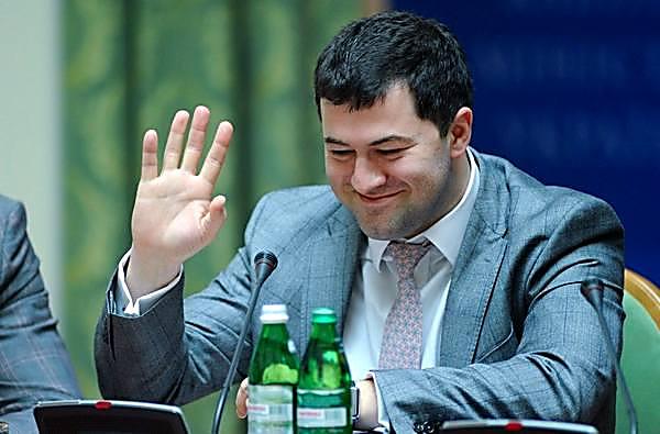 Насиров сказал о служебном изучении вГФС из-за офшоров